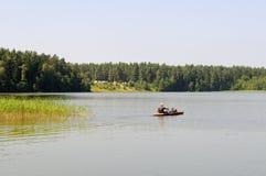 Kajak auf einem See Lizenzfreie Stockfotografie
