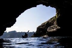 Kajak de la cueva fotografía de archivo libre de regalías