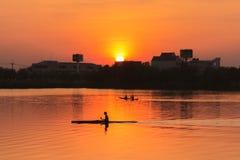 Kajak di rematura nel tramonto Fotografia Stock
