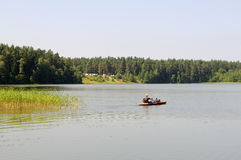 Kajak en un lago Fotografía de archivo libre de regalías