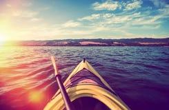 Kajak-Sommer-Ausflug stockfoto