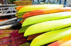 Kajakhuren bij de haven in Boston, doctorandus in de letteren stock afbeelding