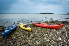 Kajaks bij de baai, Denemarken Stock Foto