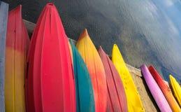 Kajaks coloridos Imagen de archivo libre de regalías