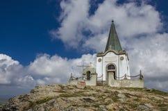 Kajmakcalan kapell - St Peter och Paul, Makedonien, första världskrigminnesmärke Royaltyfri Foto