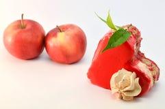 Kaka eller äpplen Royaltyfria Bilder
