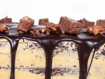 Kaka för chokladfuskverk, överträffad godis closeup Royaltyfri Bild