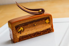 Kaka för chokladmousse (skivan) Arkivbilder