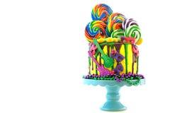 Kaka för droppande för fantasi för Mardi Gras temapå-trend candyland royaltyfri fotografi