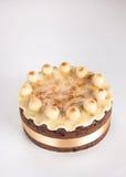 Kaka för påsk för Simnel kaka traditionell brittisk, med marsipantoppning och de traditionella 12 bollarna av marsipan Royaltyfria Foton