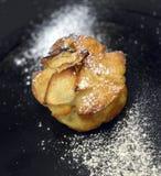 Kaka med äpplet Royaltyfria Foton