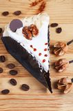 Kaka med muttern Royaltyfri Foto