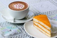 Kaka och kaffe Arkivfoton