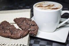 Kaka och kaffe Fotografering för Bildbyråer