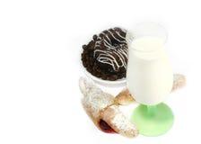 kakaexponeringsglas mjölkar Arkivbilder