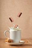 Kakao-Spritzen lizenzfreies stockbild