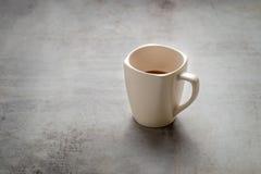 Kakaodrinken för varm choklad i exponeringsglas rånar arkivbild