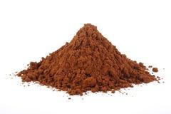 Kakaopulver lokalisiert auf am weißen Hintergrund Lizenzfreie Stockfotografie