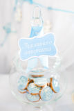 Kakor i en glass krus Royaltyfri Foto