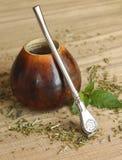 Kalabasa z yerba szturmanu herbatą, zakończenie Zdjęcia Stock
