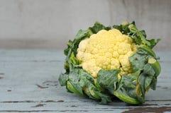 Kalafior na stole, karmowy składnik Obrazy Stock
