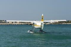 Kalafrana, Birzebbuga, Malta 28 de junho de 2007: Lontra da turbina de Malta de Havilland Canadá DHC-3T Vazar do ar do porto Fotos de Stock Royalty Free