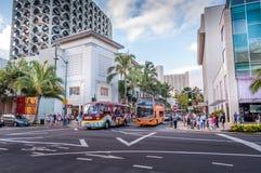 Kalakaua shoppingområde Arkivfoto