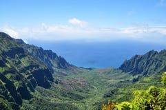Kalalau kanjon Arkivbild