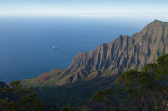 Kalalau Lookout Cruise Ship Stock Photography