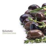 Kalamata, aromatyczne czarne oliwki od Grecja jako rabatowy backgroun Zdjęcia Royalty Free