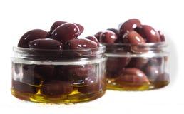 Kalamata oliwki w Szklanych słojach Obrazy Stock