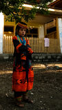 Kalash全国服装的部落妇女画象在Joshi费斯特Bumburet, Kunar,巴基斯坦 免版税图库摄影