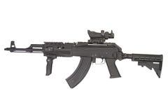 Kalashnikov moderno AK47 con gli accessori Fotografie Stock