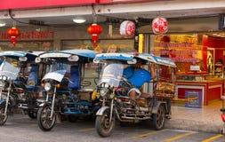 Kalasin,泰国2月17日2018年:三被转动的汽车司机 A 免版税图库摄影