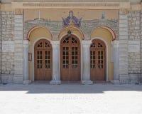 Kalavryta Grekland, ingång av antagandet av den jungfruliga Mary kyrkan Royaltyfri Fotografi