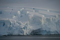 Kalben-Gletscher stockfoto