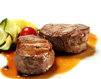 Kalbfleisch-Medaillons Stockfotos