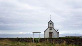 Kaldrananeskirkja, una delle molte chiese islandesi Fotografia Stock Libera da Diritti