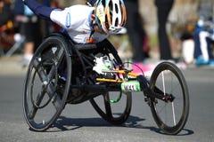 Kalectwo; Niepełnosprawny; Biegać; Biegacz; Maraton; Jogging; Sport rasa; Sport; Atleta; Konkurencyjny, Outdoors; Prędkość;  obraz stock
