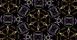 Kaleidoskopisches Muster auf dunklem Hintergrund in den vibrierenden Farben stock footage