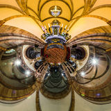 Kalejdoskopsikt av den gotiska kyrkliga inre, liten planeteffekt Royaltyfri Fotografi
