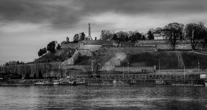 Kalemegdan, fortaleza de Belgrado en blanco y negro Foto de archivo