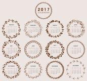 2017 Kalender-Design mit Kranz Lizenzfreie Stockbilder