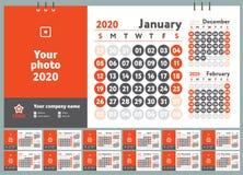 2020 Kalender Engelse kalender Kleuren vectormalplaatje Het begin van de week op Zondag Bedrijfs planning Nieuwe jaarontwerper On royalty-vrije illustratie