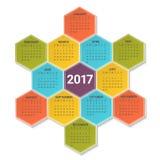 Kalender för 2017 år på ljus färgrik sexhörnig bakgrund Veckan startar från söndag Mall för vektordesigntryck Arkivbild