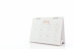 Kalender 2016 för vitbokskrivbordspiral Arkivbilder