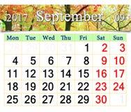 Kalender für September 2017 mit gelben Blättern Lizenzfreies Stockfoto