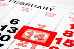 Kalender gezeigt an StValentines-Tag Lizenzfreie Stockfotografie