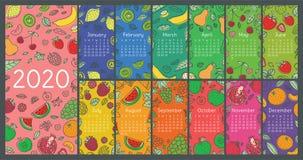 Kalender 2020 Het vector Engelse malplaatje van de muurkalender vruchten, bessen Citroen, kiwi, banaan, peer, kers, aardbei, fram stock illustratie