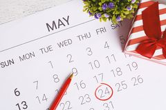Kalender met giftdoos Royalty-vrije Stock Foto's